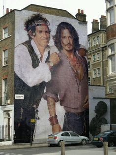 Incredibly realistic street art of Keith Richards and Johnny Depp 3d Street Art, Urban Street Art, Murals Street Art, Amazing Street Art, Street Art Graffiti, Mural Art, Street Artists, Amazing Art, Banksy