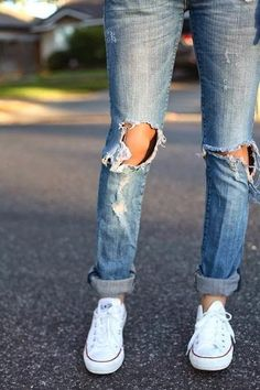 Jeans With White Converse | Fashion Ideas - #fashion #beautiful #pretty http://mutefashion.com/