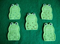 5 speckled frogs felt finger puppets