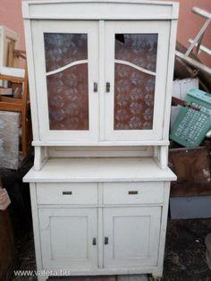 Antik tálaló konyha szekrény - 45000 Ft - Nézd meg Te is Vaterán - Tálalószekrény, zsúrkocsi - http://www.vatera.hu/item/view/?cod=2493341669