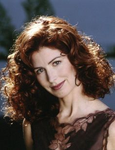 dana delany in tombstone Dana Delany, Medium Short Hair, Medium Hair Styles, Red Curls, Stunning Redhead, Most Beautiful Women, Beautiful People, Hair Pictures, Vintage Beauty