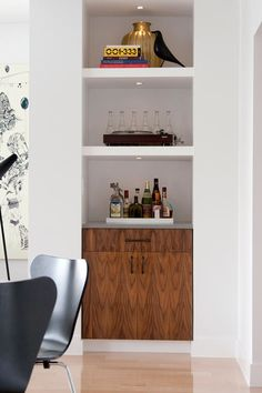 peek: jess loraas Built-in Bar -- like the heavy shelves with recessed lights. Storage space underneath with a drawer on top makes sense. A tray on the shelf to organize bottles.Storage Storage may refer to: Living Room Modern, Interior Design Living Room, Living Room Decor, Diy Home Bar, Bars For Home, Diy Bar, Bar Embutido, Wall Bar Shelf, Wall Shelves