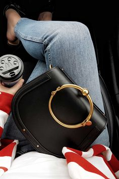 chloe Nile, bag. stripes, rote Streifen