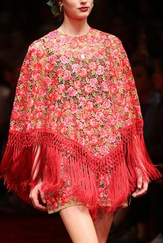Dolce & Gabbana Spring 2015 Ready-to-Wear - Details - Gallery - Look 1 - Style.com