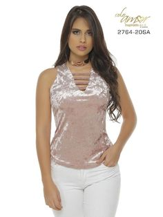Blusa Moda Colombiana Solo Amor Short Tops, Hair Beauty, Crop Tops, Blouse, Shirts, Outfits, Clothes, Videos, Dresses