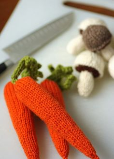 Knitted vegetables - free_pattern (carrots, celery, mushrooms, corn)