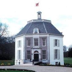 Beatrix verhuist naar kasteel Drakensteyn