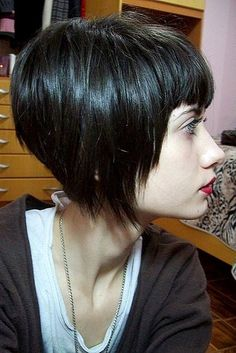 98 Inspirational Short Bob Haircuts with Side Bangs In 20 Pretty Bob Hairstyles for Short Hair Popular Haircuts, 20 Nice Dark Bob Hairstyles, Short Bob Hairstyles with Bangs for Thick Hair 60 Bob Haircuts that are Perfect for Little Girls. Short Hair Cuts, Short Hair Styles, Corte Y Color, Short Bob Haircuts, Great Hair, Hair Today, Hair Dos, Fine Hair, Pretty Hairstyles