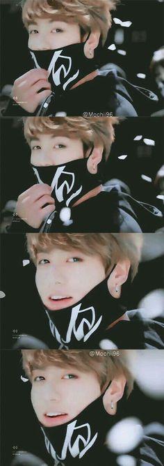 Jungkook smiles at me Me: *gets stabbed and about to die and yet stares at his smile* Kookie Bts, Jungkook Oppa, Bts Bangtan Boy, Jung Kook, Billboard Music Awards, Busan, Foto Bts, K Pop, Taehyung