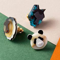 【kisso】ANIMALE(アニマーレ) 動物ピンズの商品詳細ページです。鯖江のメガネ加工技術を駆使したアイテムを発表するkissoに新たなピンズが登場。パンダ・ライオン・オオカミの動物たちが襟元をかわいらしく彩ります。