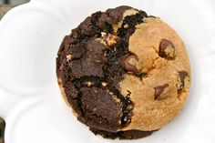 Bakergirl: Marbled Peanut Butter & Chocolate Snickers Cookies...