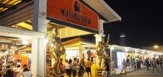 Visit a Night Market – the hippy Talad Rot Fai (Train Market) | opens only from Thursdays to Sundays. This is a unique night market where it showcases vintage and hippy stuffs, making it a memorable experience for those who are here!
