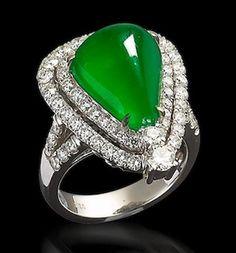 A jadeite and diamond ring/pendant