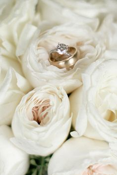 TheKnot-New-Orleans-Board-of-Trade-FLowerswithfriends-wedding-paloma-blanca-photographer-tasharaephotography-014
