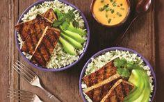 Balsamic Grilled Tofu with Cilantro Cauliflower Rice and Sriracha Mayo (Dairy-Free, Gluten-Free, Vegan Recipe) Tofu Rice Recipe, Tofu Recipes, Dairy Free Recipes, Vegetarian Recipes, Gluten Free, Lactose Free, Grilled Tofu, Marinated Tofu, Sin Gluten
