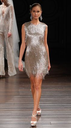 A model walks the runway at the Naeem Khan Spring/Summer 2017 Bridal Collection on April 2016 in New York City. Spring 2017 Wedding Dresses, New Wedding Dresses, Spring Dresses, Short Dresses, Formal Dresses, Naeem Khan Bridal, Style Année 20, 2017 Bridal, Virtual Fashion