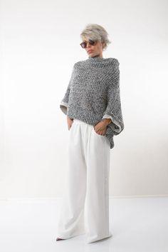 Drop Crotch Pants, Hippie Hose, Hippie Pants, White Harem Pants, Wide Leg Pants, Blouse En Lin, Fashion Over 50, Grey Fashion, Fashion Over 40