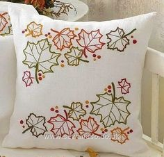 Knitting, crochet, embroidery, sewing and tons of inspiration for your next project. Cushion Embroidery, Hand Embroidery Patterns, Embroidery Kits, Cross Stitch Embroidery, Machine Embroidery, Embroidered Cushions, Sewing Pillows, Diy Pillows, Decorative Pillows