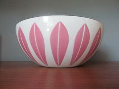 PINK Cathrineholm Lotus Bowl- my mum just gave me her old one! ♡