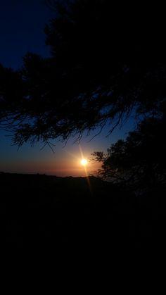 photo photography dark night addicted to photography sunset Ed Wallpaper, Sunset Wallpaper, Wallpaper Backgrounds, Photography Pics, Photography Website, Nature Photography, Photography Courses, Pretty Sky, Beautiful Sky