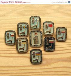9ef69cb9d 1973 International Hockey Championship Pins