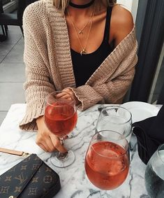 Casual drinks outfit, dinner date outfit casual, casual outfits, Casual Outfits, Cute Outfits, Moda Casual, In Vino Veritas, Looks Cool, Passion For Fashion, Autumn Winter Fashion, Fall Winter, Dress To Impress