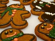 gingerbread men Recipe http://everything4family.blogspot.com/2013/11/gingerbread-men-recipe.html