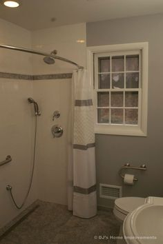 what a great idea for a small bathroom!