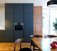Functional and Stylish Apartment by Lugerin Architects