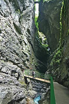 Mehr als einen Kilometer lang ist die spektakuläre Breitachklamm in den Allgäuer Alpen