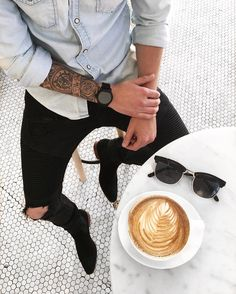 Yes or No? Via @trillestoutfit Follow @mensfashion_guide for more! By @makingitmoore #mensfashion_guide #mensguides