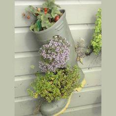 Une jardinière en planches de chantier - Marie Claire Idées