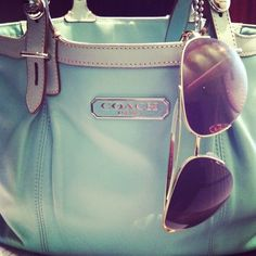 super cheap coach bags from coach outlet Moda Outfits, Style Outfits, Look Here, Look At You, Coach Purses, Coach Bags, Coach Handbags, Handbags 2014, Latest Handbags