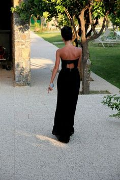 maxi dress with cutout back