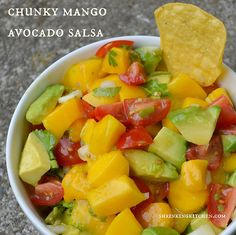 Superfoods unite! This Chunky Mango Avocado Salsa is so good for you...and tastes EVEN BETTER!