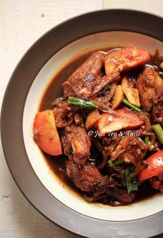 Just Try & Taste: Resep Ayam Masak Kecap Chicken Mushroom Recipes, Chicken Recipes, Asian Recipes, Healthy Recipes, Ethnic Recipes, Asian Foods, Rice Recipes, Yummy Recipes, Indonesian Cuisine