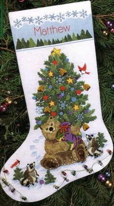 JOAN ELLIOTT/'S BRIGHT PENGUIN WITH GIFTS CHRISTMAS STOCKING CROSS STITCH CHART