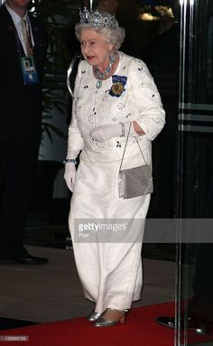 Queen Elizabeth II arrives for a banquet at Pan Pacific Perth Hotel during the Commonwealth Heads Of Government Meeting on October in Perth, Australia. Queen Elizabeth II opened CHOGM today with. Hm The Queen, Her Majesty The Queen, Save The Queen, Queen Mary, Queen Elizabeth Ii, Elisabeth Ii, Royal Tiaras, Perth Australia, British Monarchy