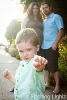 <3 - fun engagement photo for couple with kids!