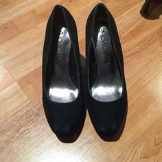 Heels Black shade heels with a thick heel Love Culture Shoes Platforms
