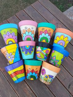 Flower Pot Art, Flower Pot Design, Flower Pot Crafts, Clay Pot Crafts, Diy And Crafts, Painted Plant Pots, Painted Flower Pots, Pots D'argile, Flower Pot People