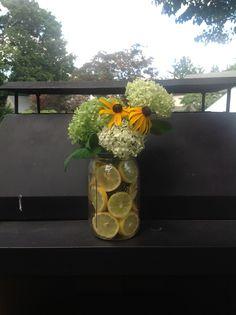 DIY flower vase with lemons