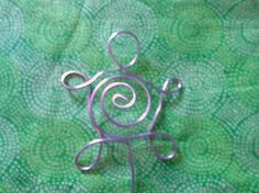 place card holders Turtle Wire swirl photo holders by bitspeaces, $30.00