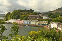 Best Cruise Destinations for Single Women: Portree, Scotland (photo credit: Lobsterphoto)