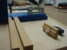 Kreg Pocket-hole Jig Base plus Storage Woodshop Tools, Kreg Tools, Garage Tools, Kreg Jig Projects, Wood Projects, Woodworking Projects, Workshop Organization, Workshop Ideas, Garage Workshop