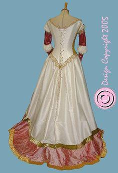 Rosamunda gown backside. Inspired in italian renaissance.