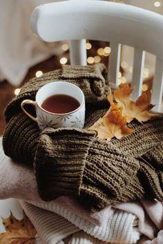 Autumn Tea, Coffee Maker, Kitchen Appliances, Instagram, Coffee Maker Machine, Diy Kitchen Appliances, Coffee Percolator, Home Appliances, Coffee Making Machine