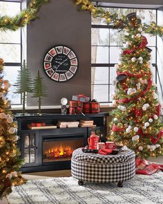 It's likely the one element of the holidays that takes center stage in your home—the Christmas tree. Whether you hold the title of decorator-in-chief every year at your house, or if this will mark your first holiday to deck the halls, we offer up some great tips to get you prepped and ready to decorate and map out a game plan to put your annual tree decorating into action.