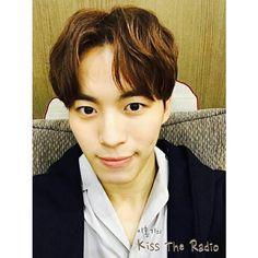 """247 curtidas, 1 comentários - I ♥ VIXX St★rlight   140804 (@vixxleoken) no Instagram: """"[Lee Hong Ki Kiss The Radio Update] << Swipe left for more << #VIXX #Hongbin #artwork #visual…"""""""
