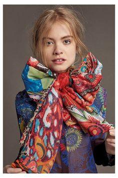 dcab69d7b7ec 2013 meilleures images du tableau Echarpes et foulards   Scarves ...